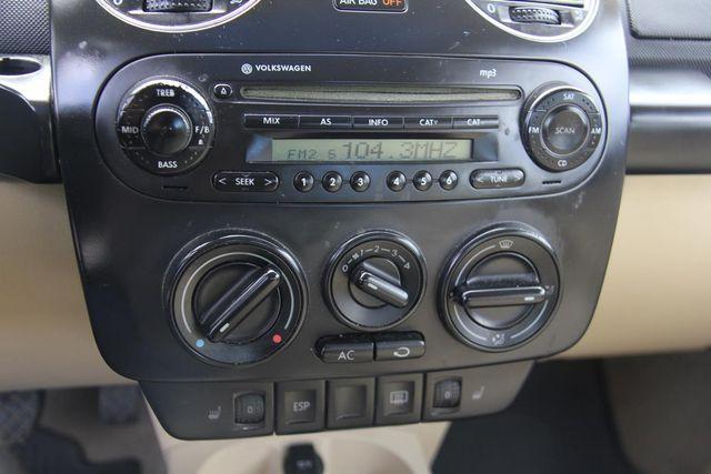 2010 Volkswagen New Beetle Santa Clarita, CA 19
