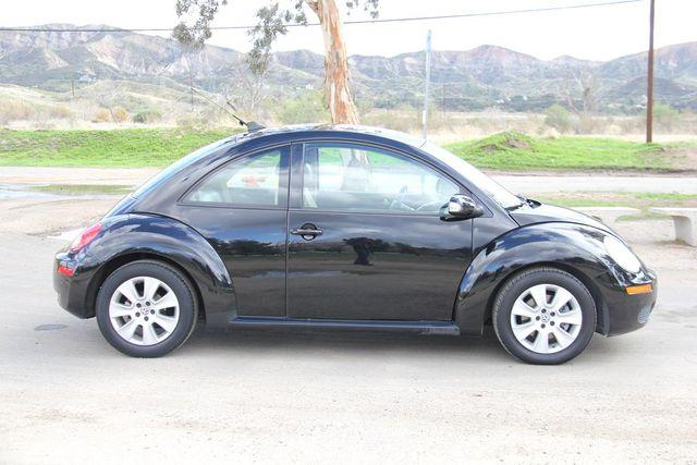 2010 Volkswagen New Beetle Santa Clarita, CA 11