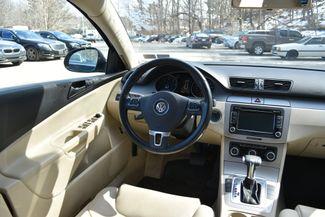 2010 Volkswagen Passat Komfort Naugatuck, Connecticut 12