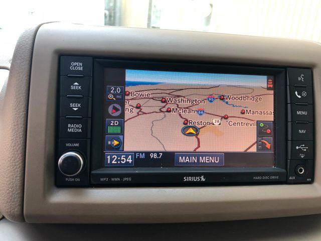 2010 Volkswagen Routan SEL w/Navigation Leesburg, Virginia 27