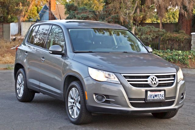 2010 Volkswagen TIGUAN S AUTOMATIC ONLY 92K MLS ALLOY WHEELS SERVICE RECORDS Woodland Hills, CA 9