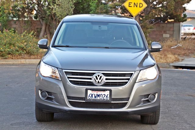 2010 Volkswagen TIGUAN S AUTOMATIC ONLY 92K MLS ALLOY WHEELS SERVICE RECORDS Woodland Hills, CA 10