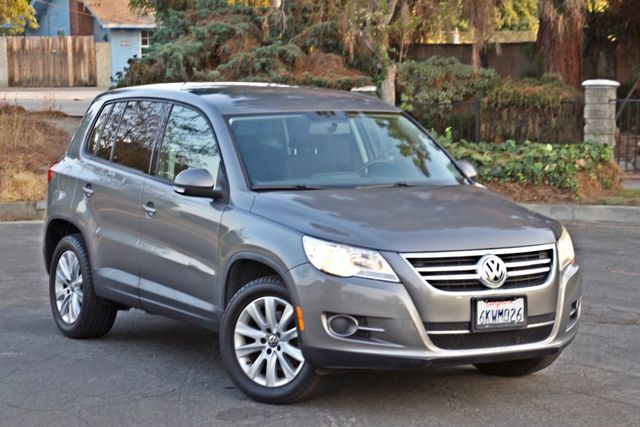 2010 Volkswagen TIGUAN S AUTOMATIC ONLY 92K MLS ALLOY WHEELS SERVICE RECORDS Woodland Hills, CA 26