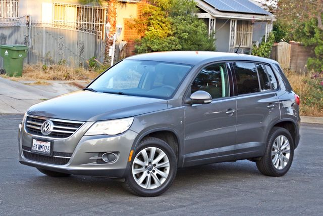 2010 Volkswagen TIGUAN S AUTOMATIC ONLY 92K MLS ALLOY WHEELS SERVICE RECORDS Woodland Hills, CA 2