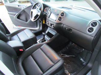 2010 Volkswagen Tiguan Wolfsburg Sacramento, CA 15