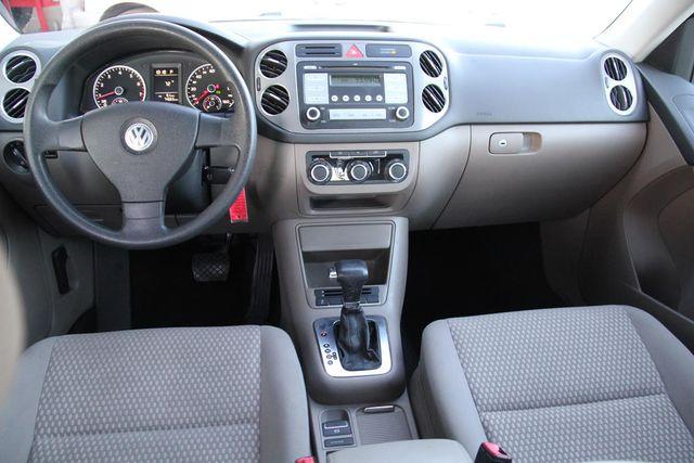 2010 Volkswagen Tiguan S Santa Clarita, CA 7