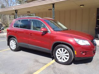 2010 Volkswagen Tiguan SE wLeather  city PA  Carmix Auto Sales  in Shavertown, PA