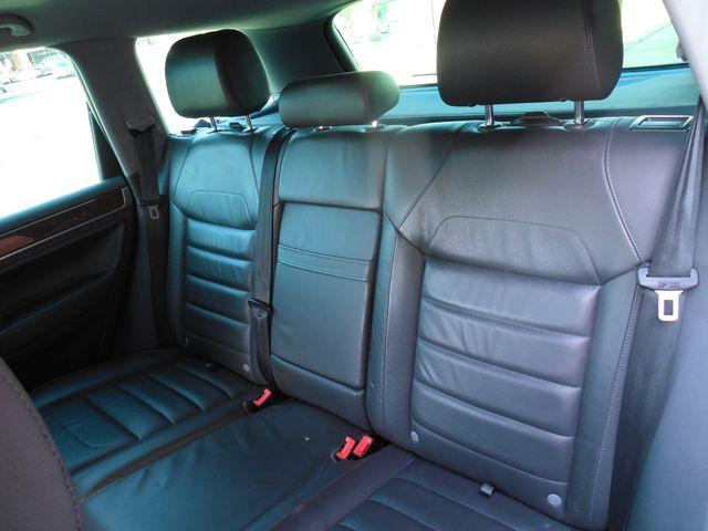 2010 Volkswagen Touareg VR6 Leesburg, Virginia 22
