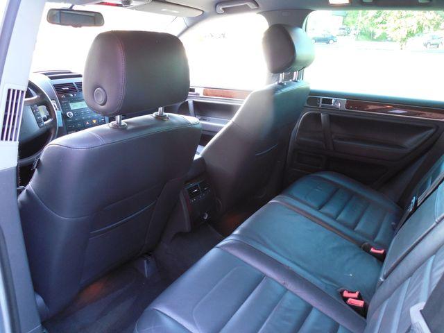 2010 Volkswagen Touareg VR6 Leesburg, Virginia 23