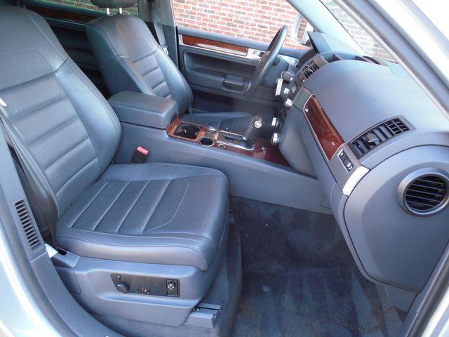 2010 Volkswagen Touareg VR6 Leesburg, Virginia 24