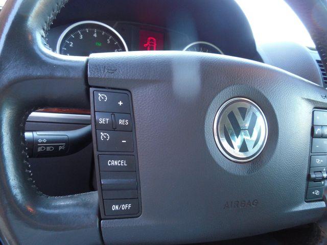 2010 Volkswagen Touareg VR6 Leesburg, Virginia 11
