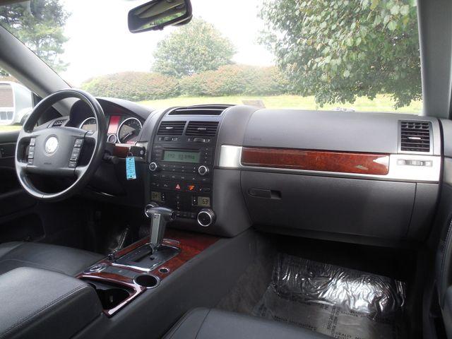 2010 Volkswagen Touareg VR6 Leesburg, Virginia 13