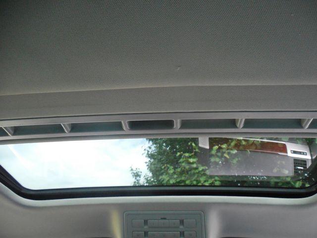 2010 Volkswagen Touareg VR6 Leesburg, Virginia 28