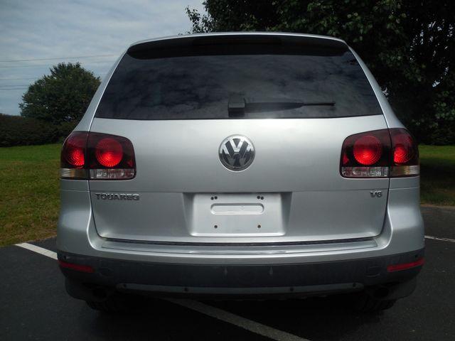 2010 Volkswagen Touareg VR6 Leesburg, Virginia 7