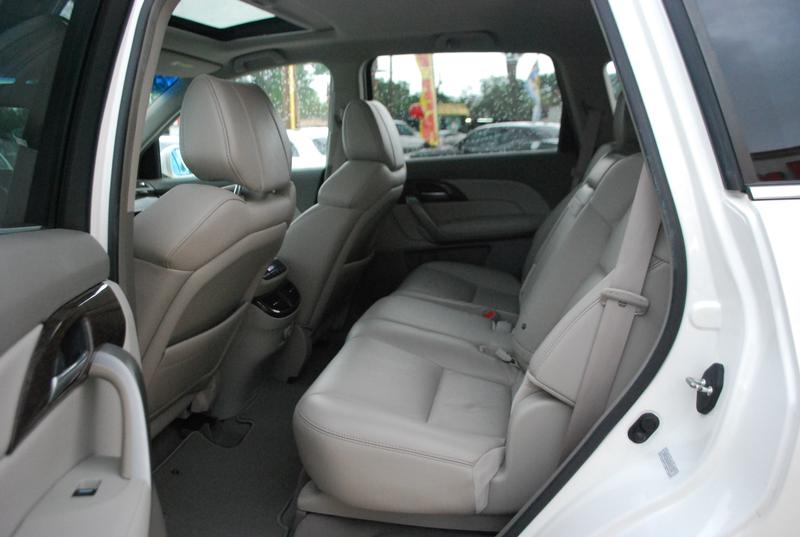 2011 Acura MDX Tech Pkg  Brownsville TX  English Motors  in Brownsville, TX