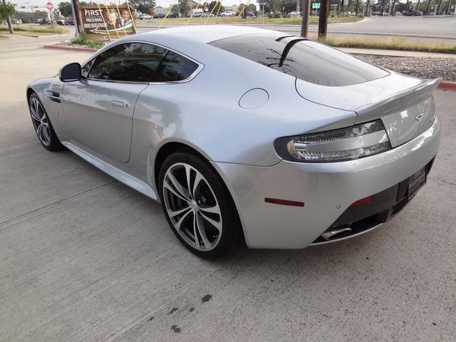 2011 Aston Martin V12 Vantage Austin , Texas 3