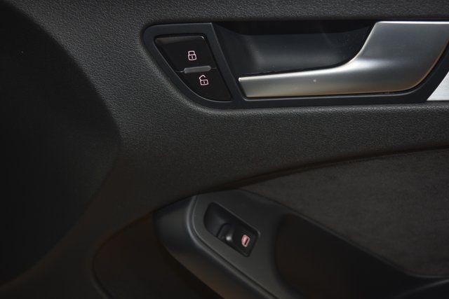 2011 Audi A4 2.0T Prestige Richmond Hill, New York 21