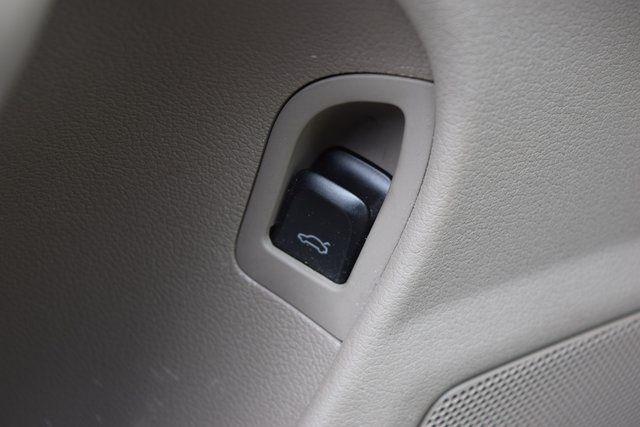 2011 Audi A4 2.0T Premium Richmond Hill, New York 32