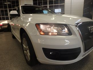 2011 Audi Q5 2.0t Premium AWD. LARGE ROOF, STUNNING & SHARP Saint Louis Park, MN 17