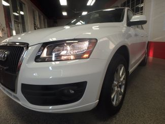 2011 Audi Q5 2.0t Premium AWD. LARGE ROOF, STUNNING & SHARP Saint Louis Park, MN 19