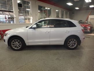2011 Audi Q5 2.0t Premium AWD. LARGE ROOF, STUNNING & SHARP Saint Louis Park, MN 8