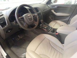2011 Audi Q5 2.0t Premium AWD. LARGE ROOF, STUNNING & SHARP Saint Louis Park, MN 2