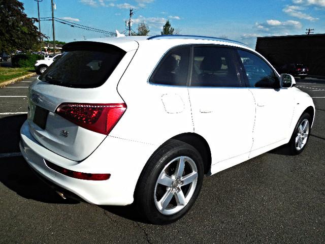 2011 Audi Q5 3.2L Premium Plus Leesburg, Virginia 2