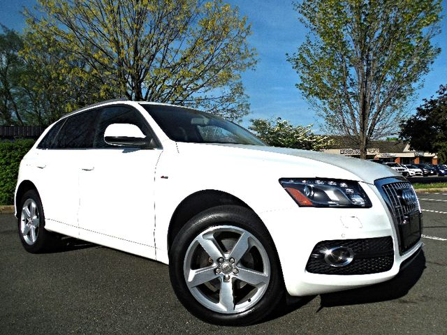 2011 Audi Q5 3.2L Premium Plus Leesburg, Virginia 1