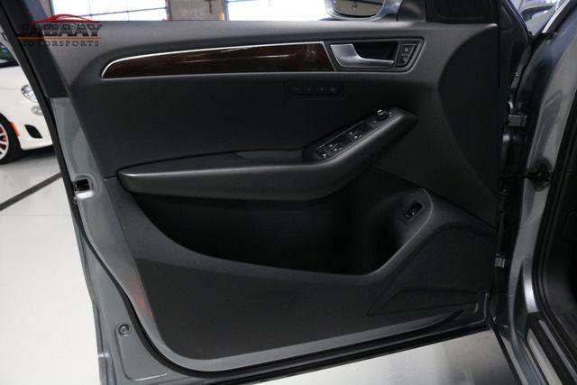 2011 Audi Q5 3.2L Premium Plus Merrillville, Indiana 24