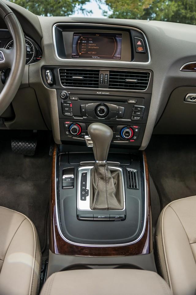 2011 Audi Q5 2.0T Premium - 62K MILES - PANORAMA - 1-OWNER Reseda, CA 23