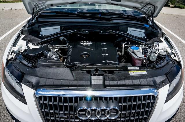 2011 Audi Q5 2.0T Premium - 62K MILES - PANORAMA - 1-OWNER Reseda, CA 37