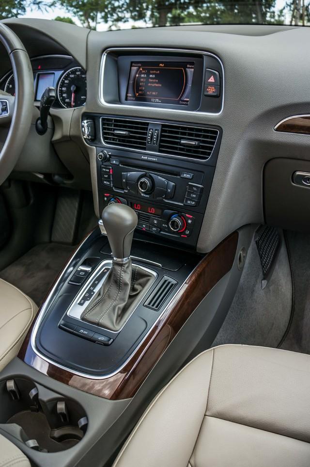 2011 Audi Q5 2.0T Premium - 62K MILES - PANORAMA - 1-OWNER Reseda, CA 22