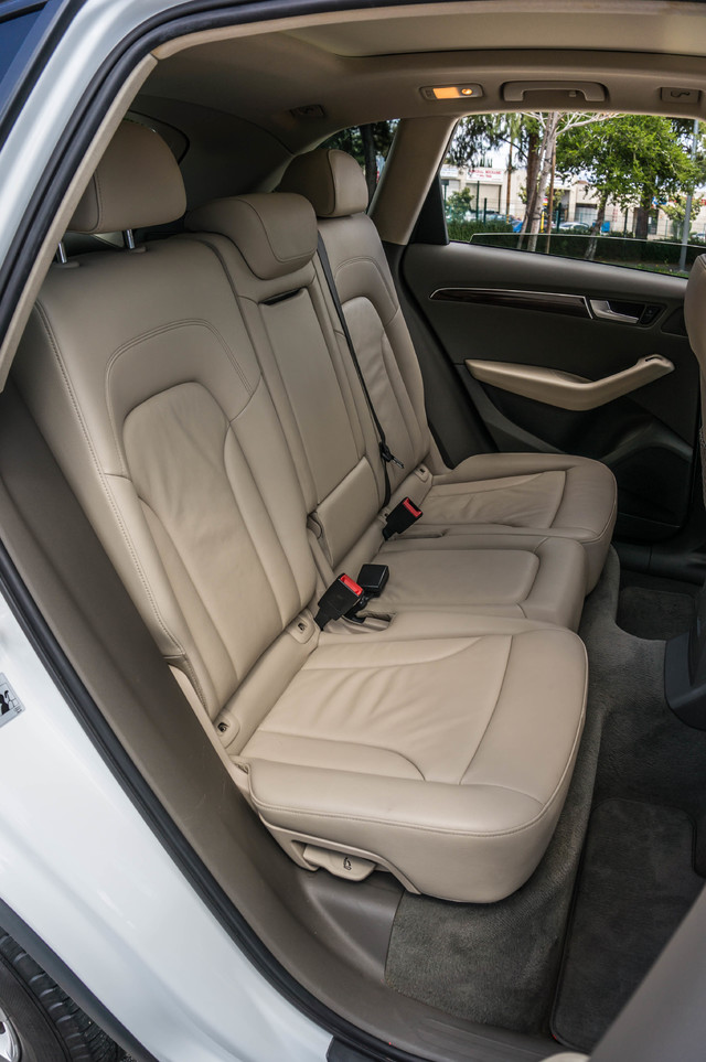 2011 Audi Q5 2.0T Premium - 62K MILES - PANORAMA - 1-OWNER Reseda, CA 31