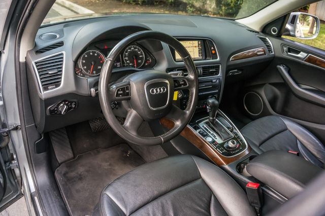 2011 Audi Q5 3.2L Prestige Reseda, CA 15
