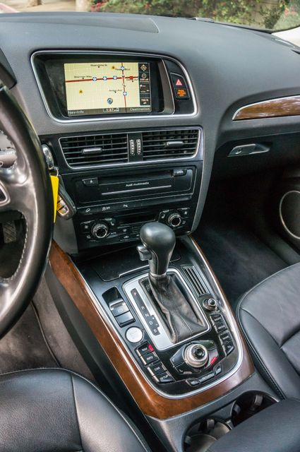 2011 Audi Q5 3.2L Prestige Reseda, CA 24
