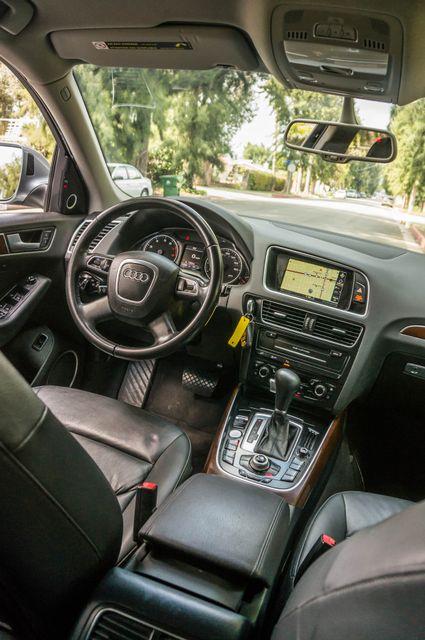 2011 Audi Q5 3.2L Prestige Reseda, CA 36