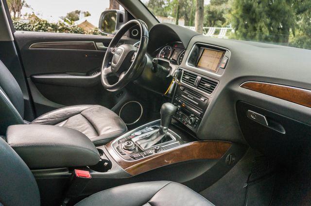 2011 Audi Q5 3.2L Prestige Reseda, CA 34