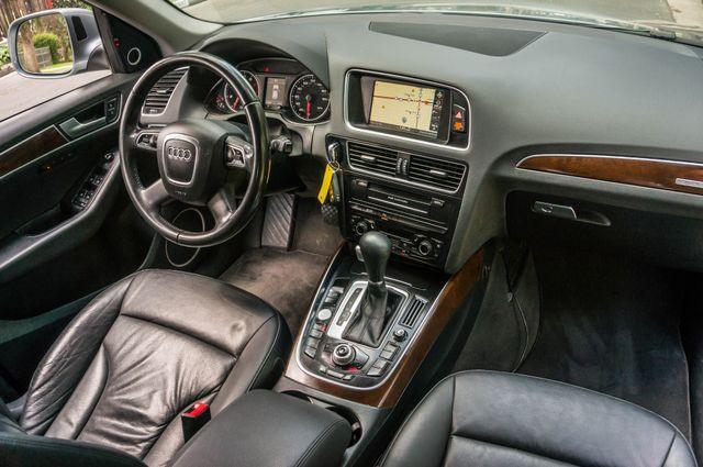 2011 Audi Q5 3.2L Prestige Reseda, CA 35
