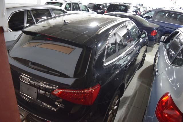 2011 Audi Q5 2.0T Premium Plus Richmond Hill, New York 3
