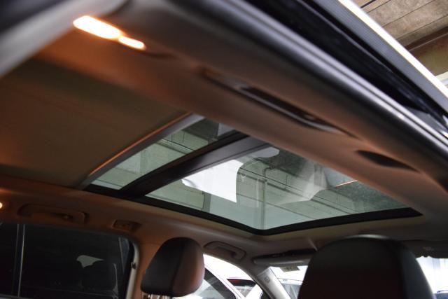 2011 Audi Q5 2.0T Premium Plus Richmond Hill, New York 5