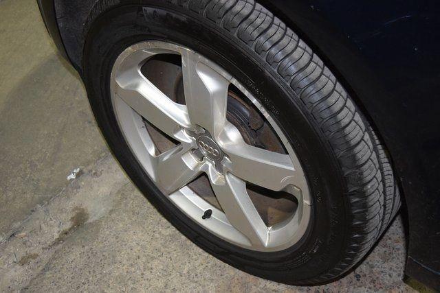 2011 Audi Q5 3.2L Prestige Richmond Hill, New York 12