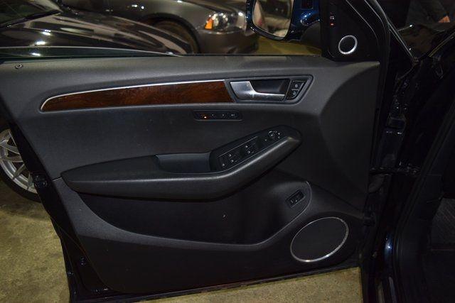 2011 Audi Q5 3.2L Prestige Richmond Hill, New York 36