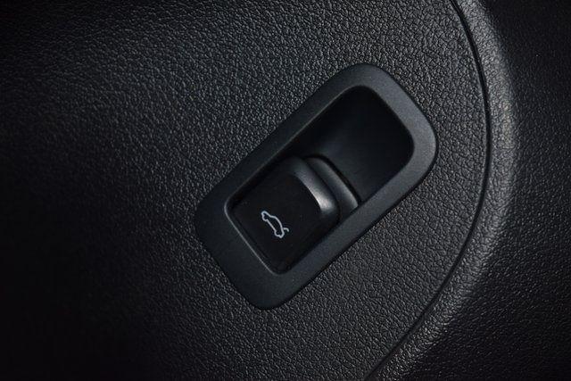 2011 Audi Q5 3.2L Prestige Richmond Hill, New York 38