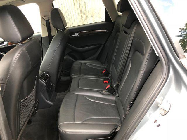 2011 Audi Q5 2.0T Premium Sterling, Virginia 8