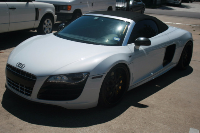 2011 Audi R8 V10 Convt 5.2L Houston, Texas 1