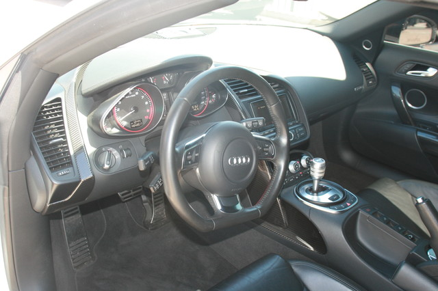 2011 Audi R8 V10 Convt 5.2L Houston, Texas 20