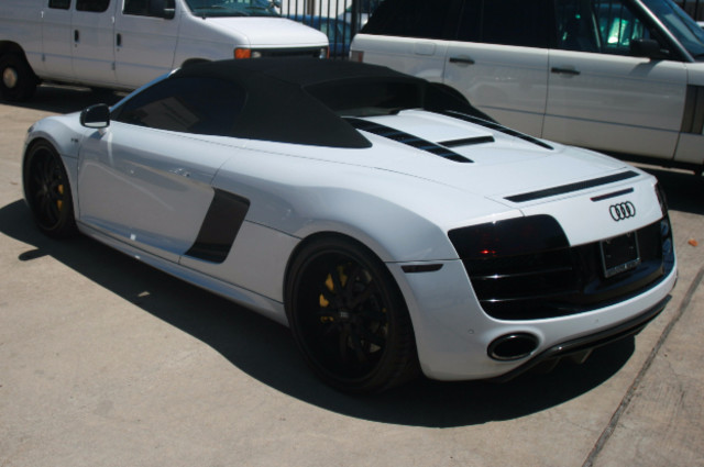 2011 Audi R8 V10 Convt 5.2L Houston, Texas 4