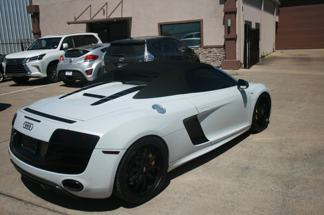 2011 Audi R8 V10 Convt 5.2L Houston, Texas 7