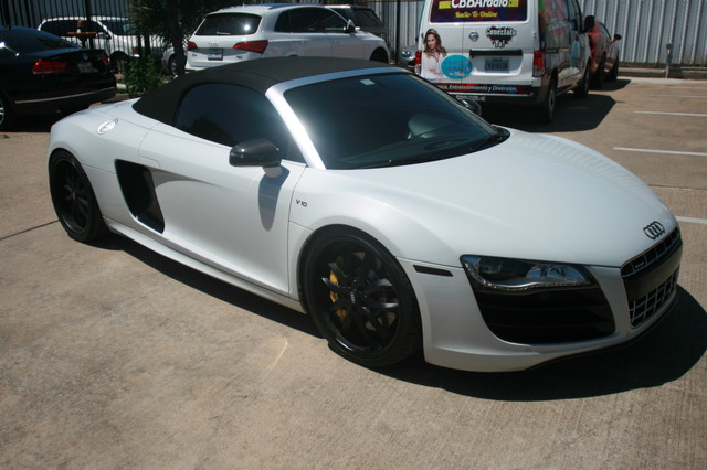 2011 Audi R8 V10 Convt 5.2L Houston, Texas 8
