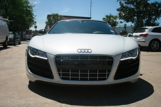 2011 Audi R8 V10 Convt 5.2L Houston, Texas 9